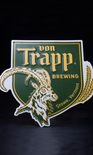 Tin-Tracker-Signage-Von-Trapp